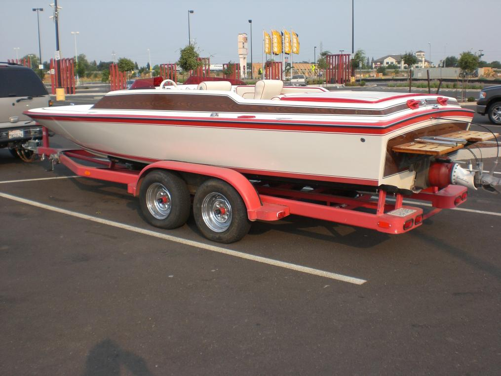 Click image for larger version.  Name:'08 boat pictures 096.jpg Views:62 Size:92.3 KB ID:14528