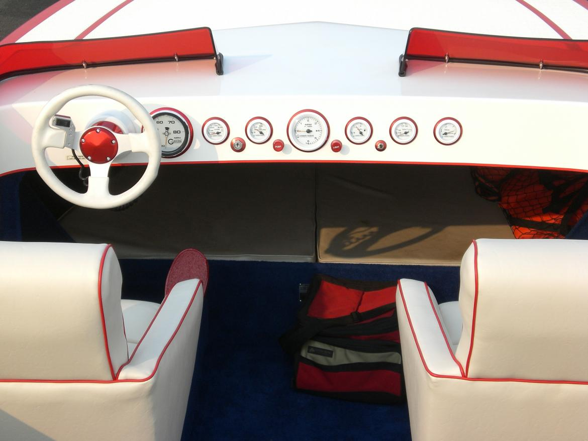 Click image for larger version.  Name:'08 boat pictures 104.jpg Views:175 Size:82.7 KB ID:24887