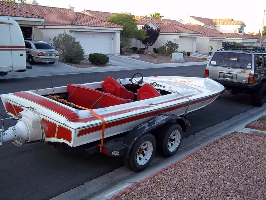 Click image for larger version.  Name:1979 WARBIRD BOAT 5-25-11 004.jpg Views:49 Size:96.1 KB ID:117906