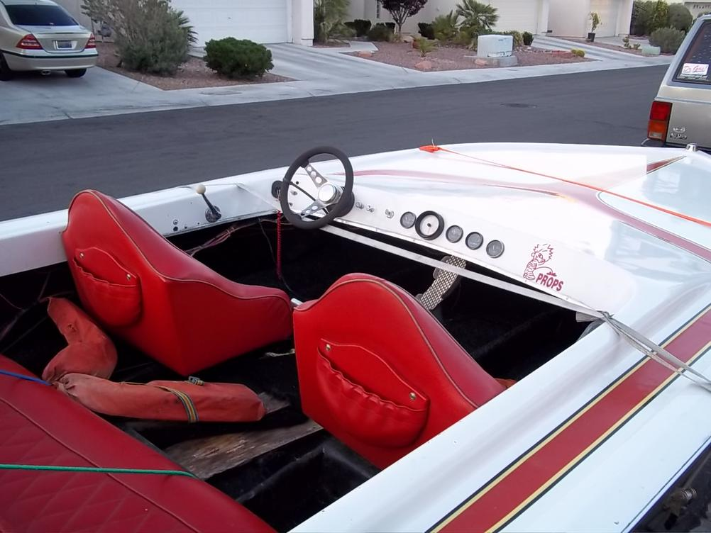Click image for larger version.  Name:1979 WARBIRD BOAT 5-25-11 006.jpg Views:52 Size:87.3 KB ID:117907
