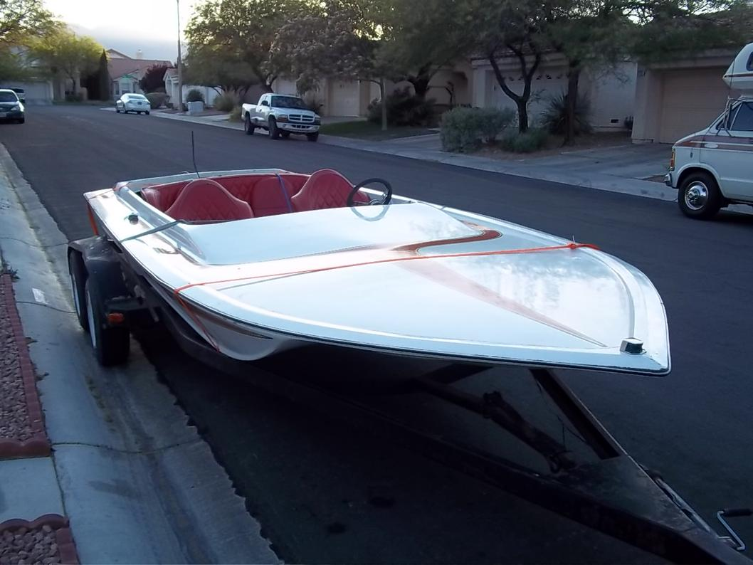 Click image for larger version.  Name:1979 WARBIRD BOAT 5-25-11 007.jpg Views:40 Size:87.0 KB ID:117925