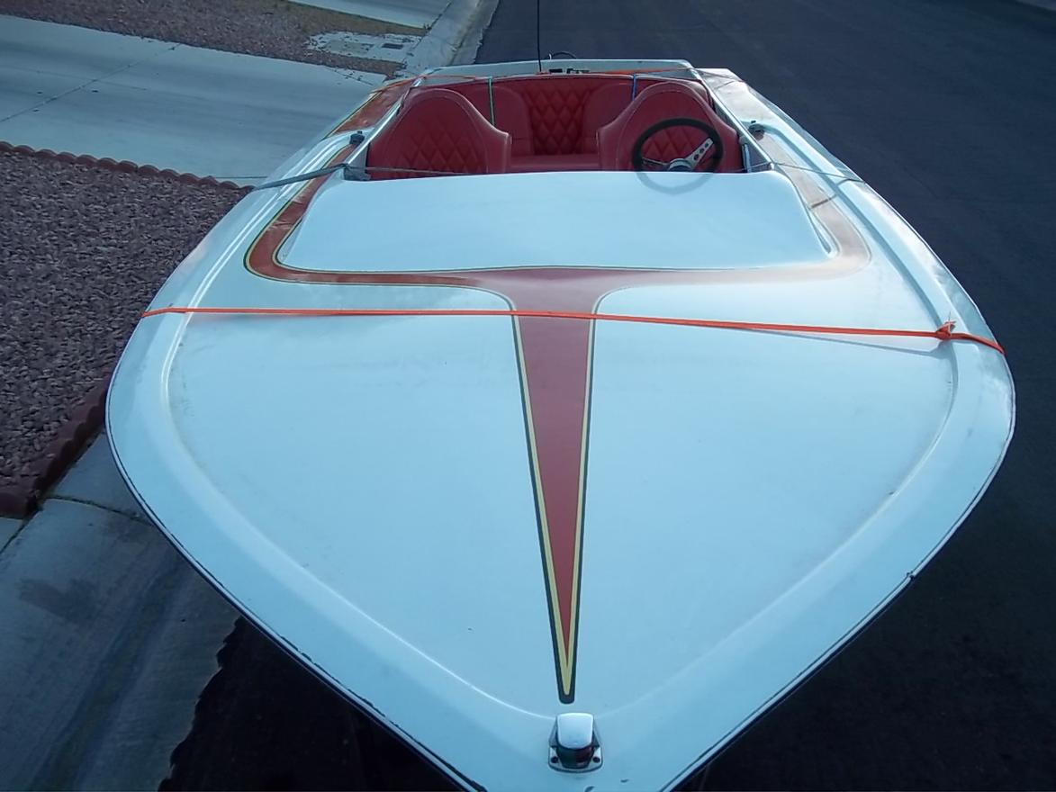 Click image for larger version.  Name:1979 WARBIRD BOAT 5-25-11 020.jpg Views:45 Size:82.0 KB ID:118044