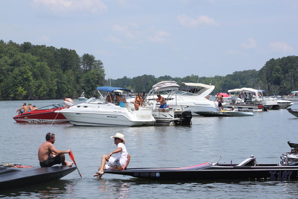Click image for larger version.  Name:2012 Boat Rally Lake Murray 172.jpg Views:287 Size:95.9 KB ID:164882
