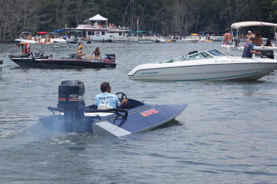 Click image for larger version.  Name:2012 Boat Rally Lake Murray 176.jpg Views:290 Size:98.3 KB ID:164876