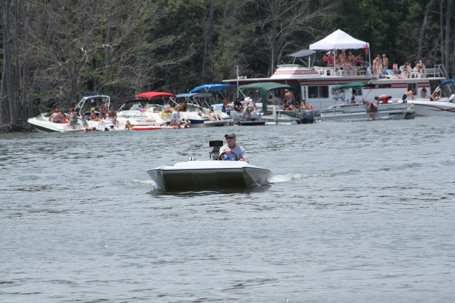 Click image for larger version.  Name:2012 Boat Rally Lake Murray 229.jpg Views:280 Size:98.0 KB ID:164863