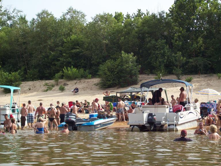 Click image for larger version.  Name:4th of July 2009 2.jpg Views:128 Size:98.0 KB ID:103220