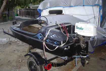 Click image for larger version.  Name:8 ft boat 002.jpg Views:132 Size:26.8 KB ID:682897