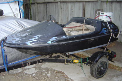 Click image for larger version.  Name:8 ft boat 003.jpg Views:142 Size:25.4 KB ID:682905