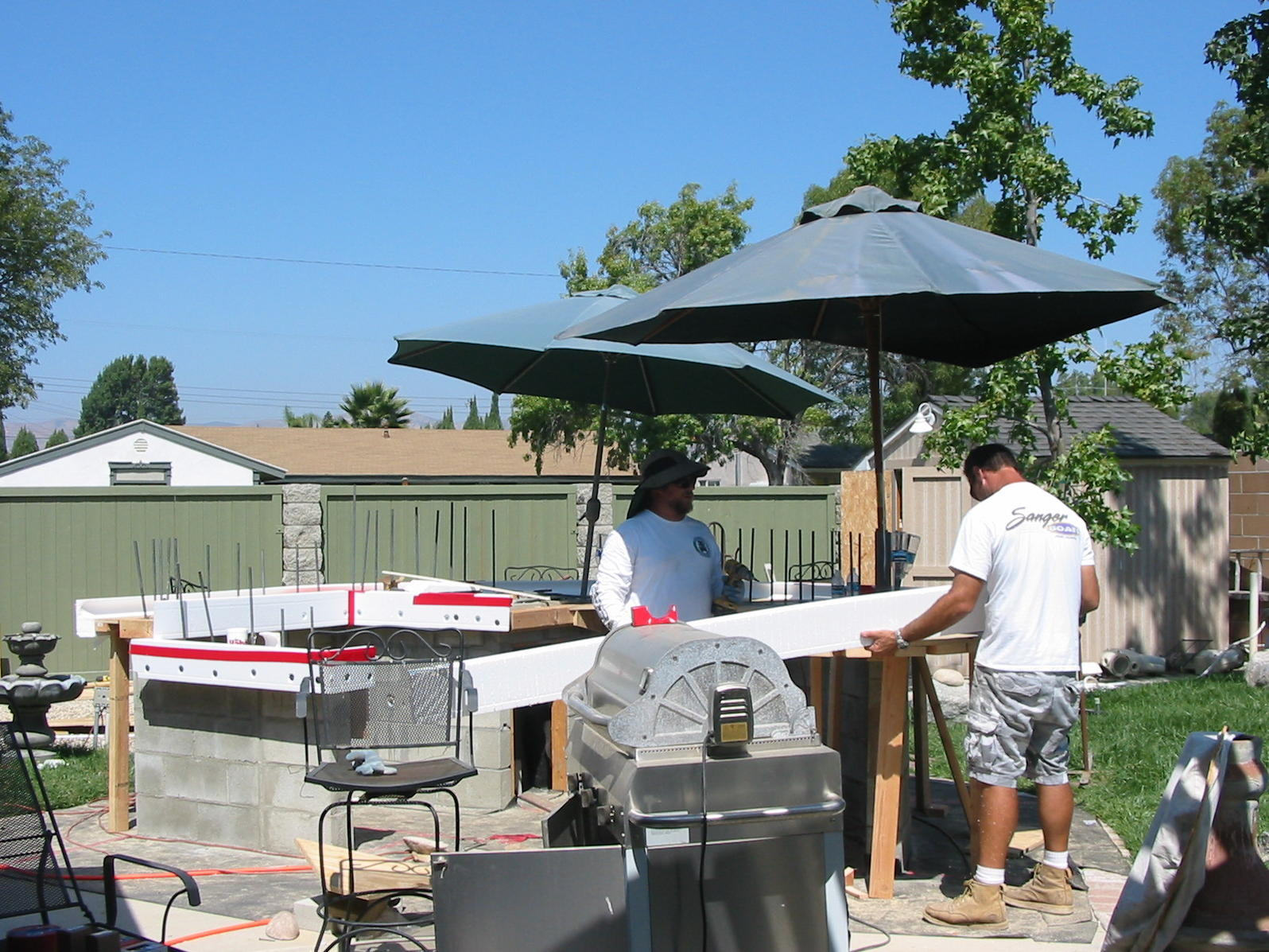 Click image for larger version.�