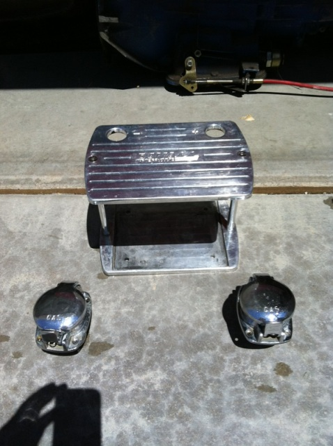 Click image for larger version.  Name:Bettery Box and Gas caps.jpg Views:34 Size:96.5 KB ID:118232