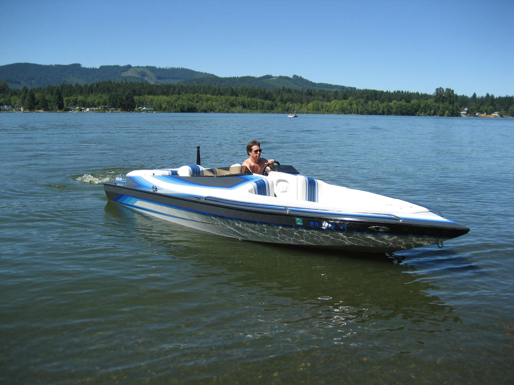Click image for larger version.  Name:boat 056.jpg Views:2375 Size:93.7 KB ID:109021