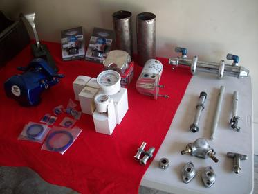 Click image for larger version.  Name:boat and parts 012.jpg Views:89 Size:15.8 KB ID:524009