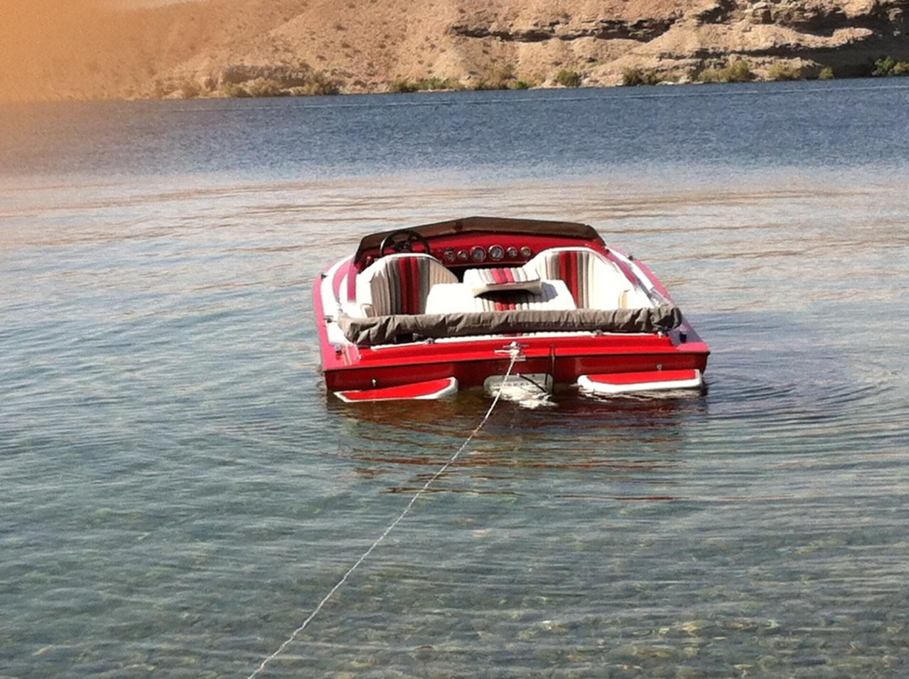 Click image for larger version.  Name:boat.jpg Views:134 Size:184.7 KB ID:161416