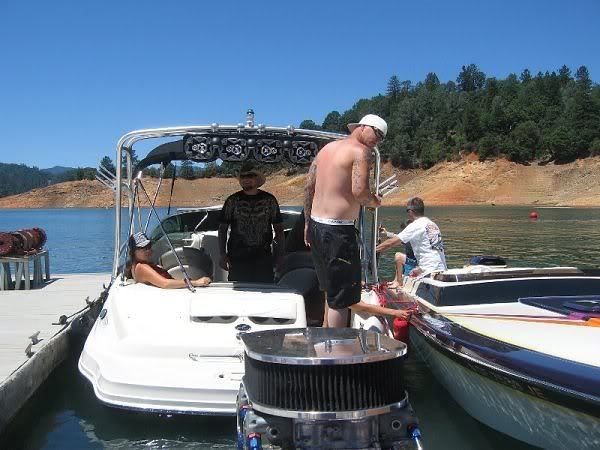 Click image for larger version.  Name:boat10-1.jpg Views:53 Size:51.9 KB ID:147489