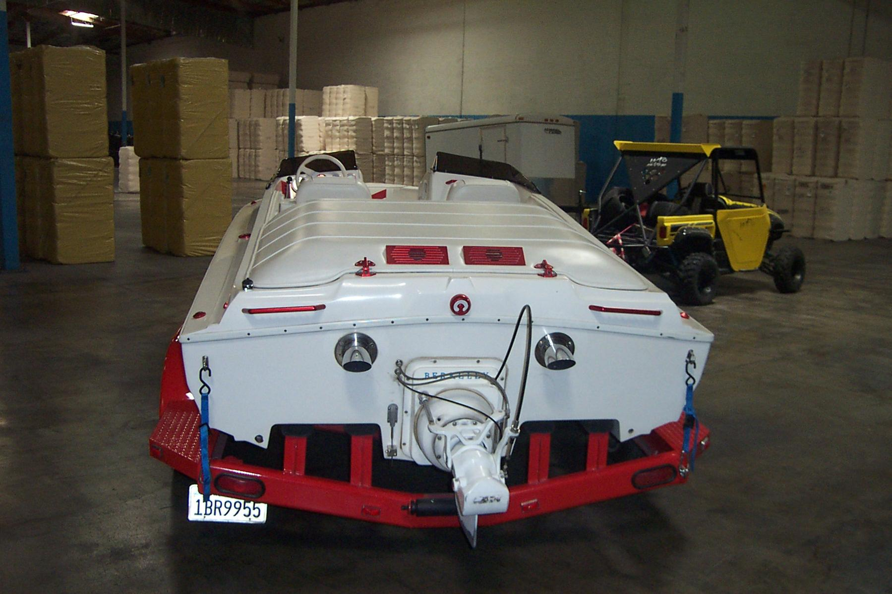 Click image for larger version.  Name:boat5004.jpg Views:450 Size:201.7 KB ID:75213