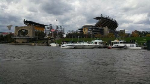Click image for larger version.  Name:boats stadium.jpg Views:34 Size:21.3 KB ID:404793