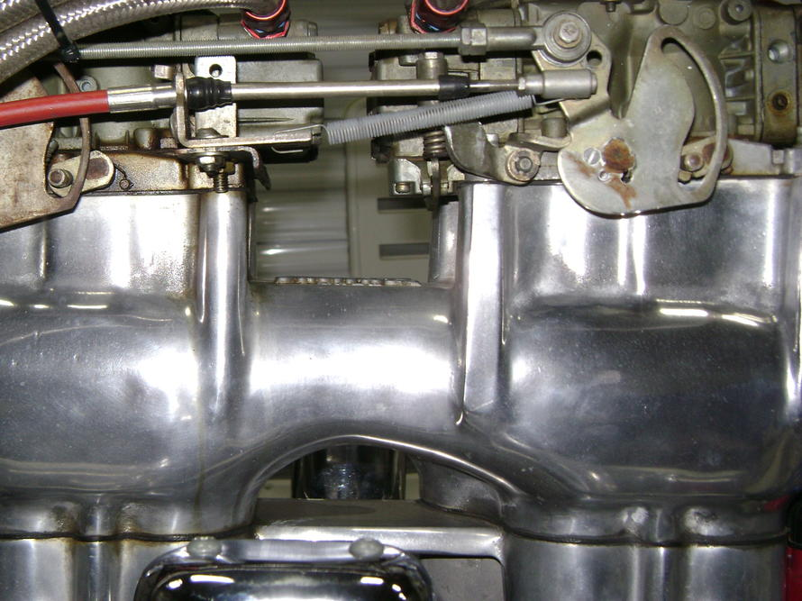 Click image for larger version.  Name:both carb idle1.jpg Views:176 Size:94.9 KB ID:187889