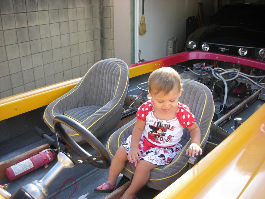 Click image for larger version.  Name:Claire and boat2 002.jpg Views:38 Size:95.2 KB ID:177147