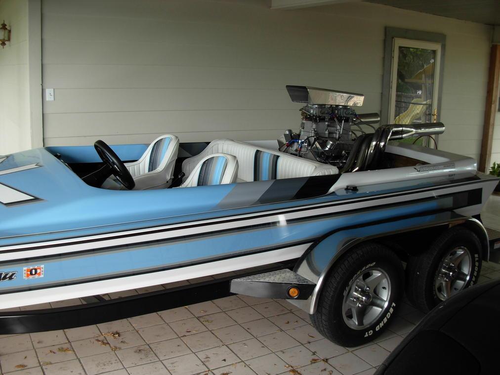 Click image for larger version.  Name:david boat motor 11-09 286.jpg Views:93 Size:89.2 KB ID:148338