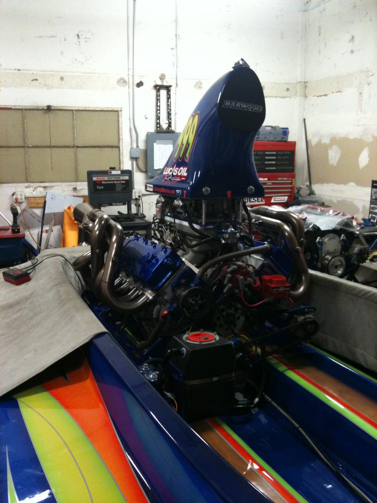 Click image for larger version.  Name:engine in boat.jpg Views:62 Size:89.3 KB ID:128191