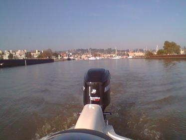 Click image for larger version.  Name:entering benicia marina.jpg Views:44 Size:11.1 KB ID:667330