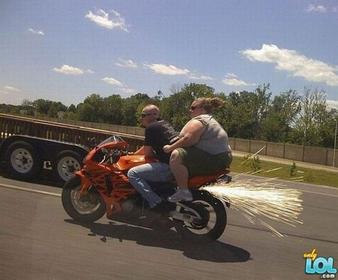 Click image for larger version.  Name:fat-girl-rides-motorcycle.jpg Views:85 Size:16.1 KB ID:358730