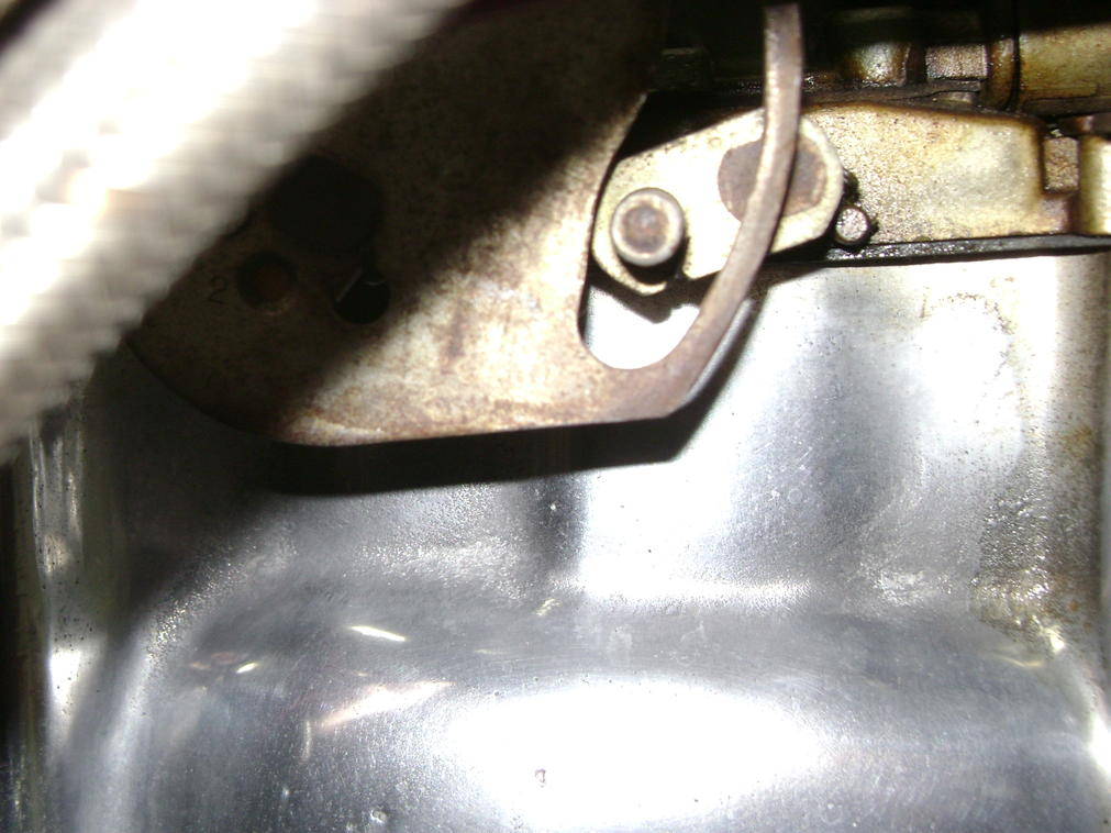 Click image for larger version.  Name:front carb not touch.jpg Views:152 Size:92.6 KB ID:187893