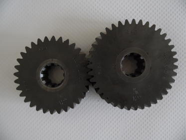 Click image for larger version.  Name:gears 001.jpg Views:63 Size:10.9 KB ID:890785