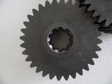 Click image for larger version.  Name:gears 002.jpg Views:66 Size:10.3 KB ID:890793