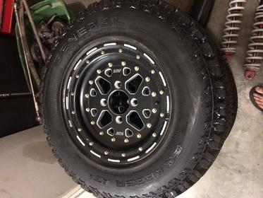 Click image for larger version.  Name:golf cart wheels.jpg Views:195 Size:21.5 KB ID:638466