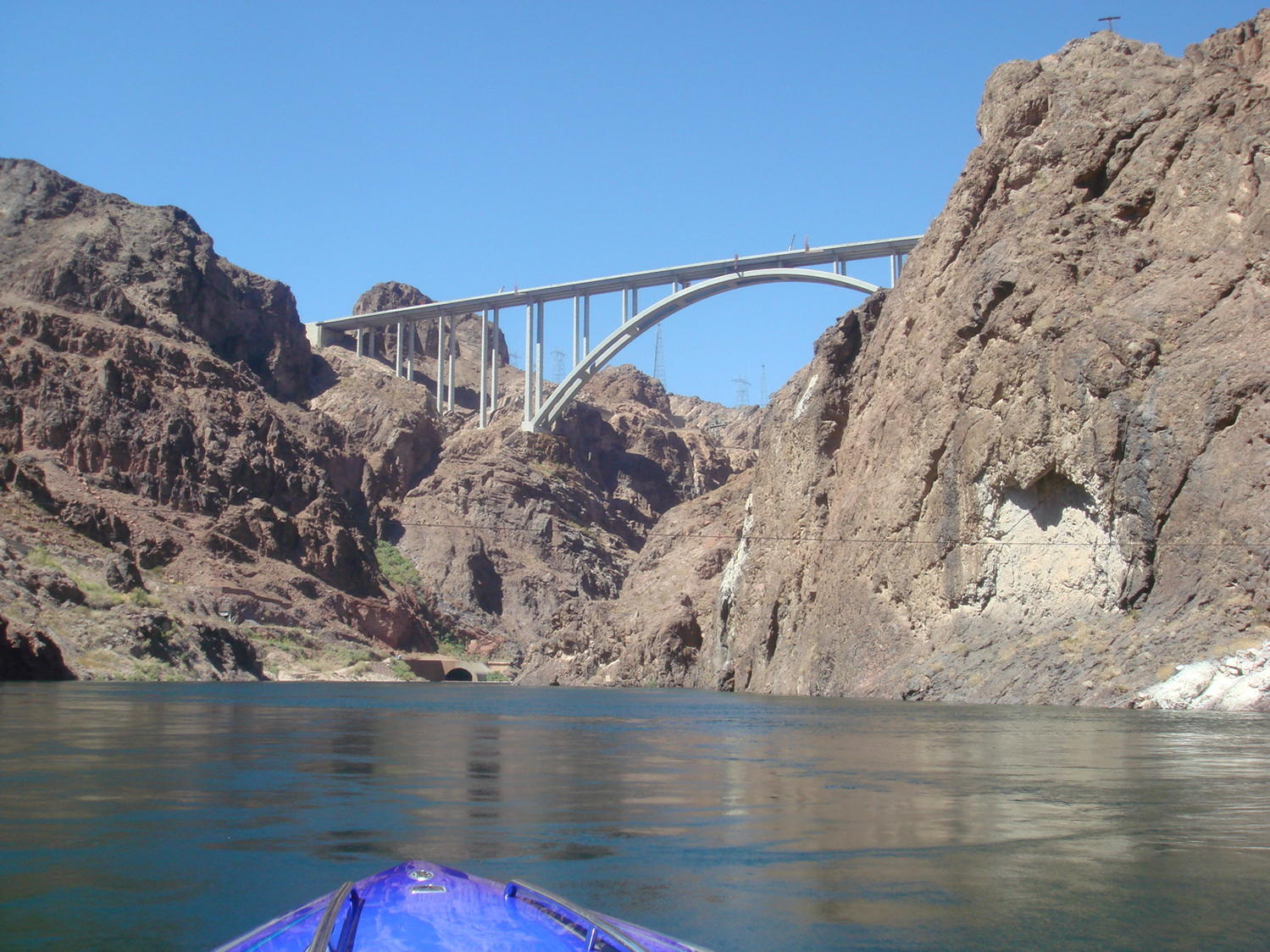 Click image for larger version.  Name:highway across from hoover dam.jpg Views:48 Size:279.1 KB ID:81839
