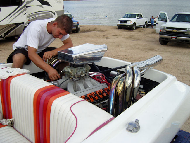 Click image for larger version.  Name:HotBoat-14.jpg Views:135 Size:87.4 KB ID:21721