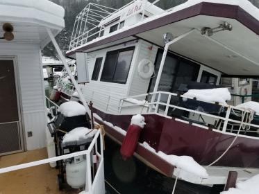 Click image for larger version.  Name:houseboat sink 2.jpg Views:21 Size:22.7 KB ID:1030445