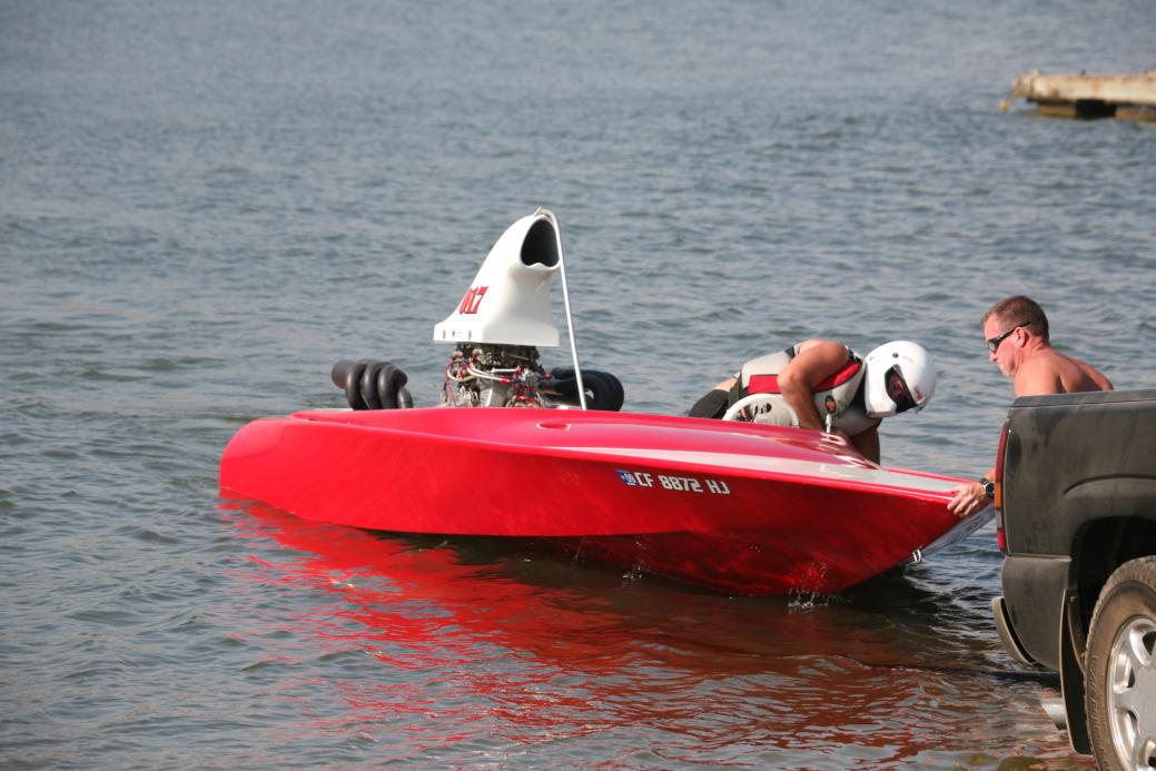 Click image for larger version.  Name:Irvine Lake Jet Boat Regatta 9-16-08 017.jpg Views:2258 Size:93.2 KB ID:20002