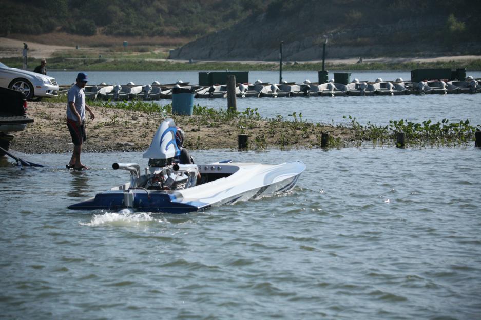 Click image for larger version.  Name:Irvine Lake Jet Boat Regatta 9-16-08 046.jpg Views:192 Size:97.3 KB ID:20045