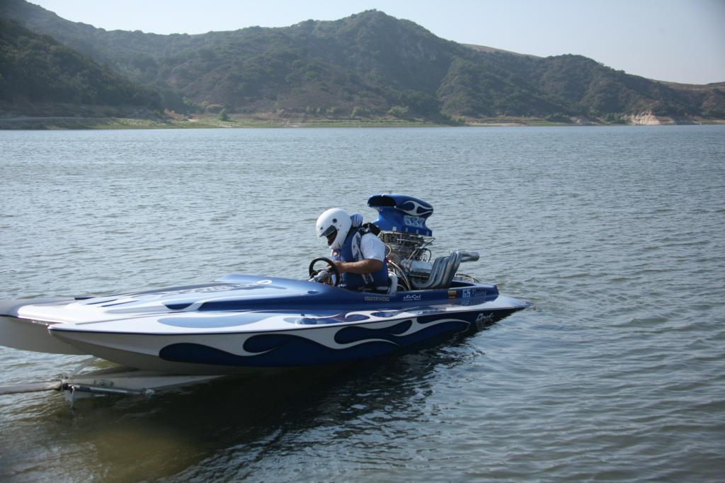 Click image for larger version.  Name:Irvine Lake Jet Boat Regatta 9-16-08 055.jpg Views:263 Size:95.1 KB ID:20003