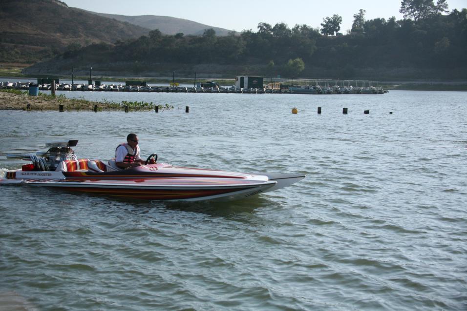 Click image for larger version.  Name:Irvine Lake Jet Boat Regatta 9-16-08 082.jpg Views:204 Size:96.5 KB ID:20047