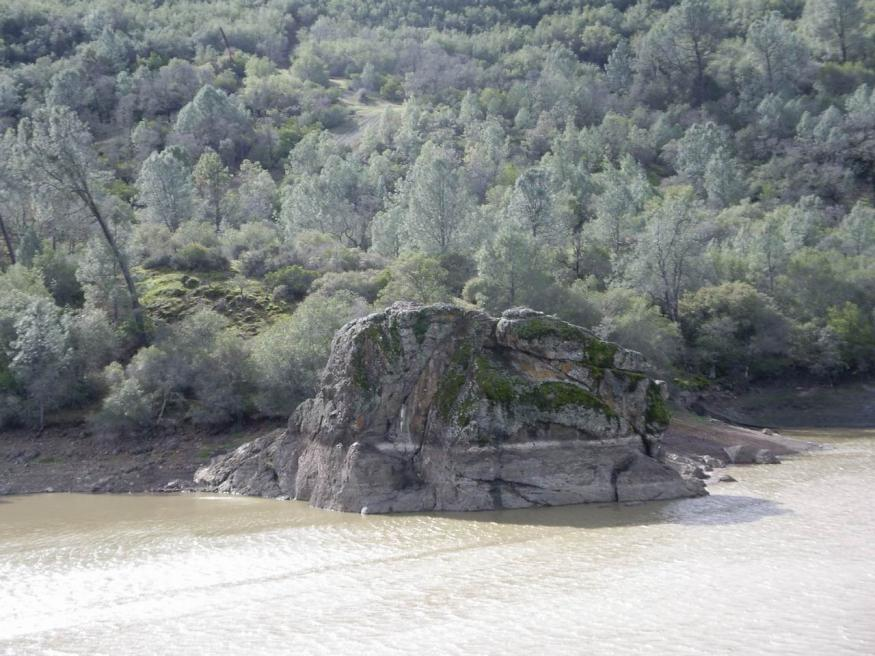 Click image for larger version.  Name:lake Berryessa 0010.jpg Views:1874 Size:96.0 KB ID:2192