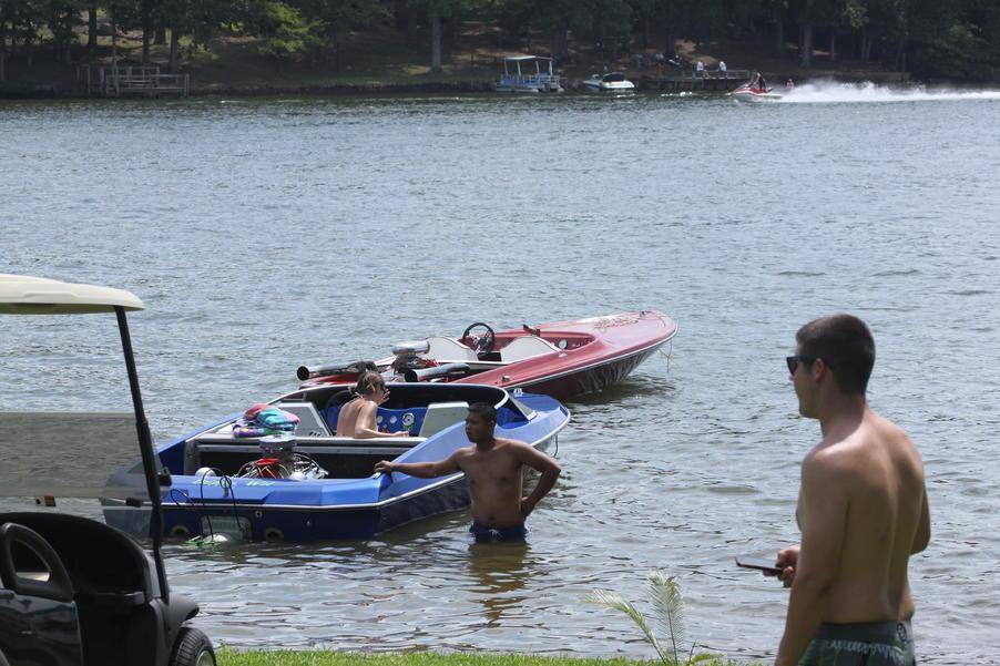 Click image for larger version.  Name:Lake Greenwood Sept. 2,2012 005.jpg Views:75 Size:98.3 KB ID:176290