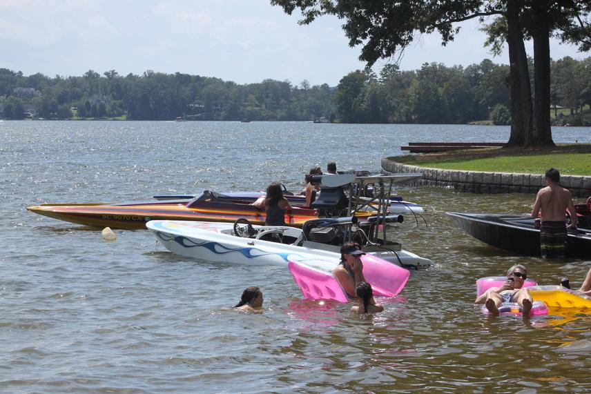 Click image for larger version.  Name:Lake Greenwood Sept. 2,2012 010.jpg Views:75 Size:99.4 KB ID:176294