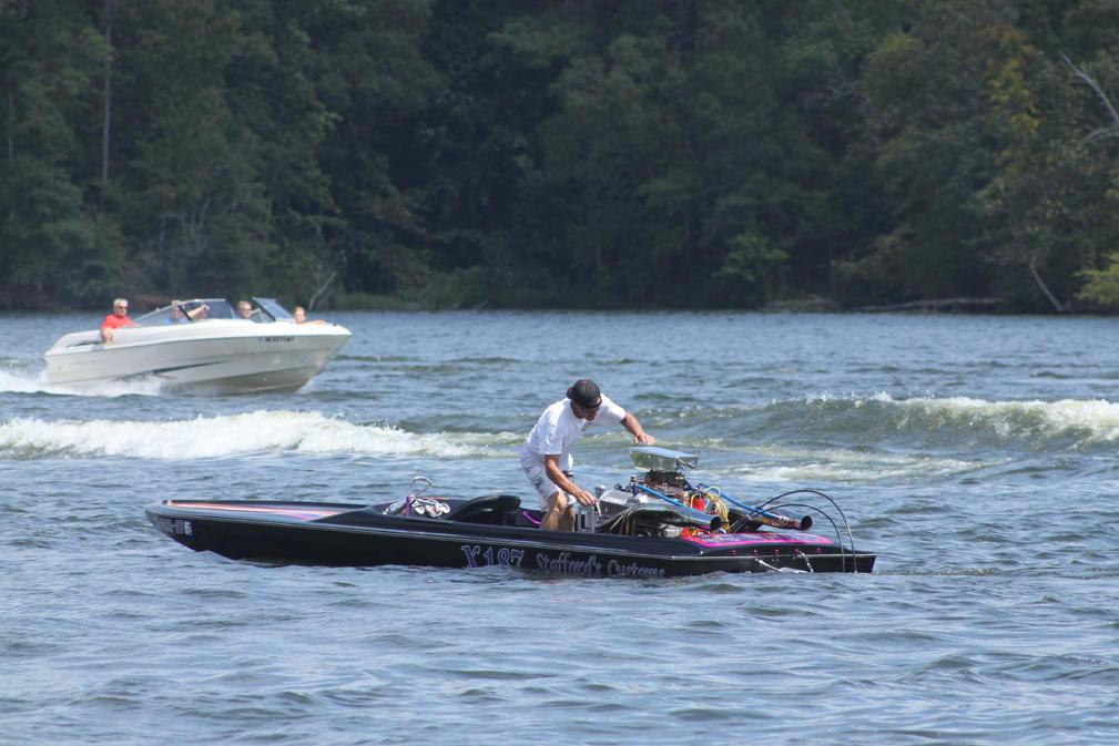 Click image for larger version.  Name:Lake Greenwood Sept. 2,2012 015.jpg Views:84 Size:95.5 KB ID:176304