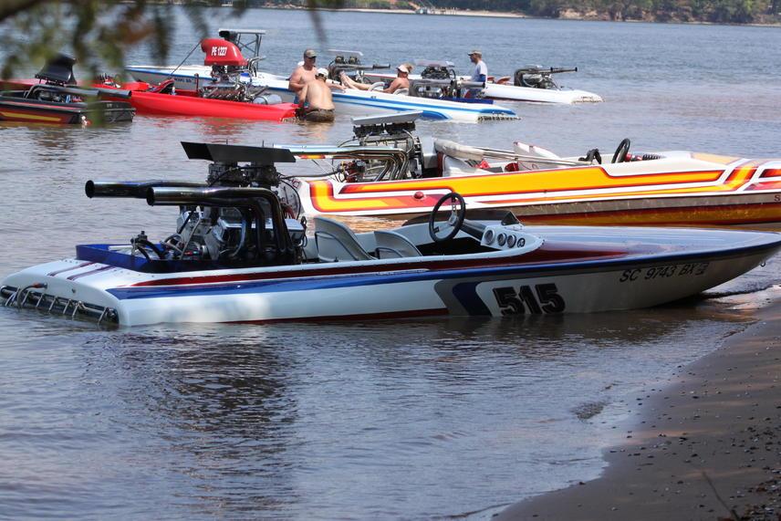 Click image for larger version.  Name:Lake Greenwood Sept.3,2011 034.jpg Views:105 Size:99.9 KB ID:130427