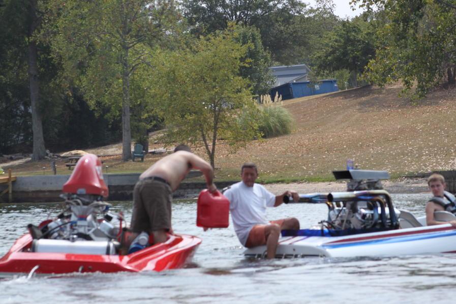 Click image for larger version.  Name:Lake Greenwood Sept.3,2011 049.jpg Views:116 Size:99.2 KB ID:130432