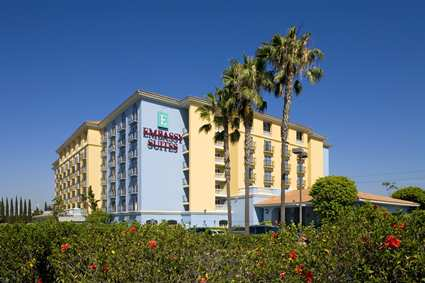 Click image for larger version.  Name:LAXANES_Embassy_Suites_Anaheim-North_gallery_welcome.jpg Views:68 Size:19.7 KB ID:63722