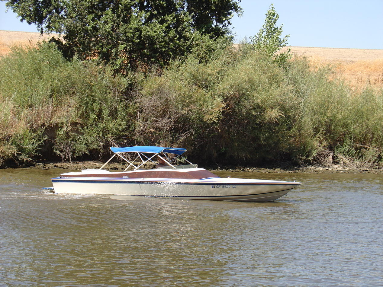 Click image for larger version.  Name:MeBoat.jpg Views:82 Size:321.8 KB ID:88370