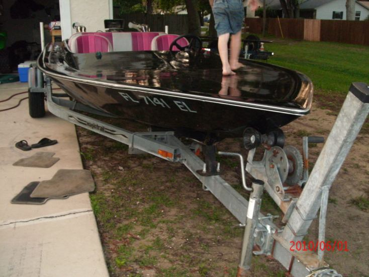 Click image for larger version.  Name:newboat.JPG Views:175 Size:116.3 KB ID:77098