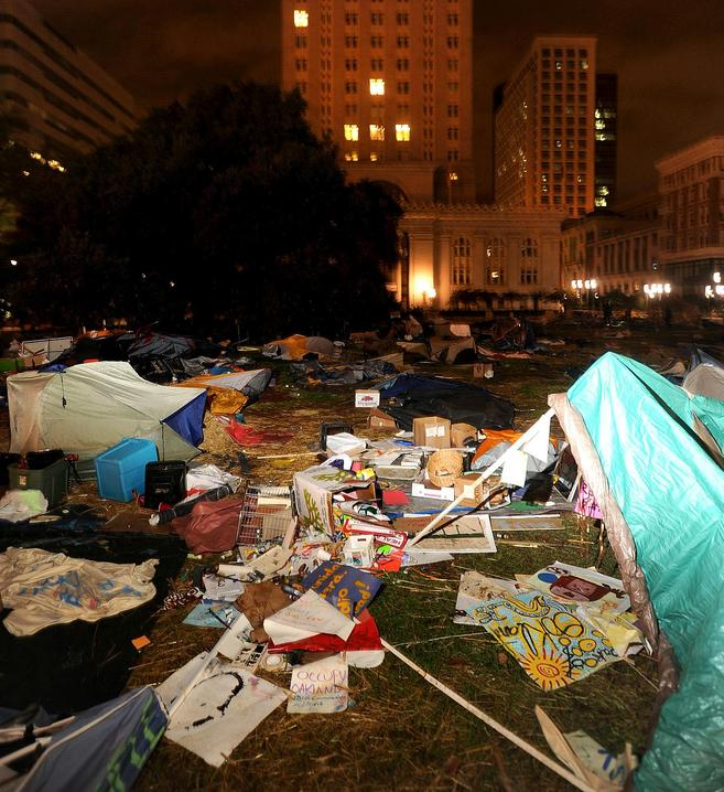 Click image for larger version.  Name:Occupy Mess2.jpg Views:52 Size:96.3 KB ID:136903