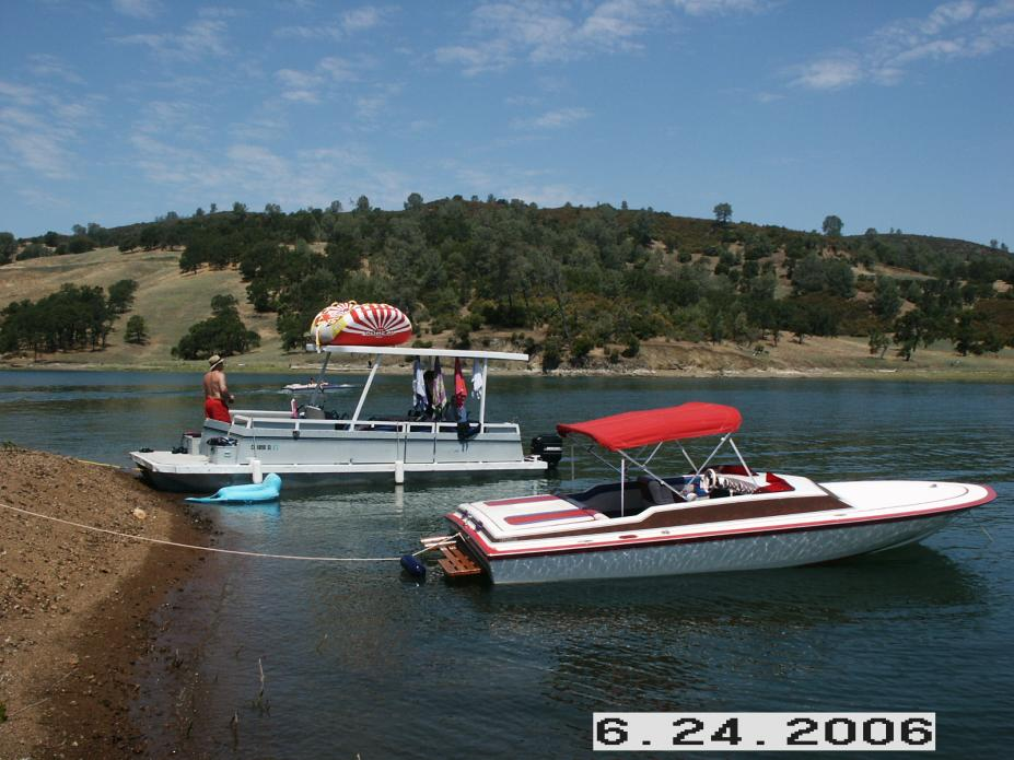 Click image for larger version.  Name:Our boat at Lake Berryessa 091.jpg Views:46 Size:93.9 KB ID:40738