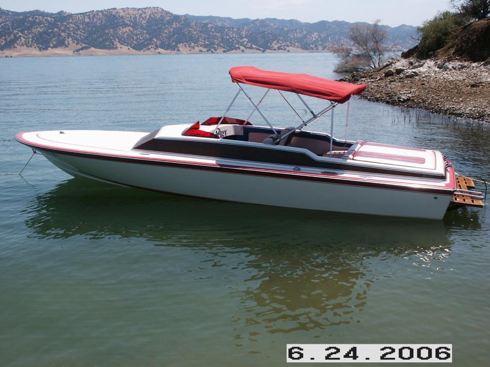 Click image for larger version.  Name:Our boat at Lake Berryessa 101.jpg Views:82 Size:93.5 KB ID:28045