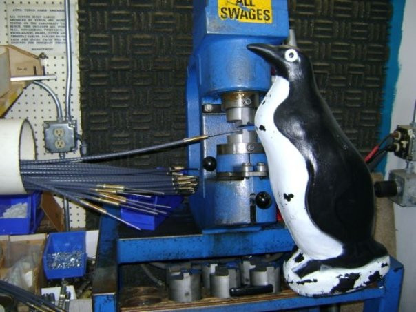 Click image for larger version.  Name:penguin.jpg Views:269 Size:60.2 KB ID:74039